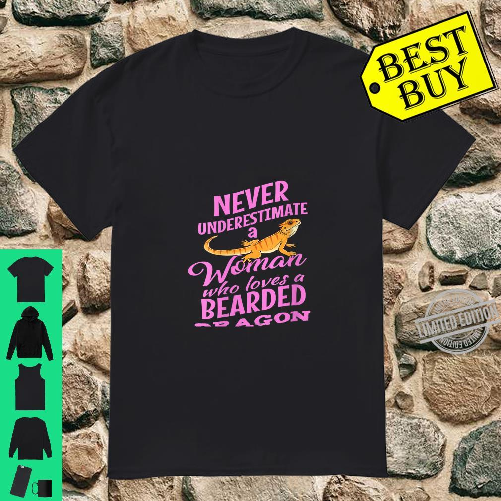 Womens Bearded Dragon Design Girls Who Loves Reptile Shirt